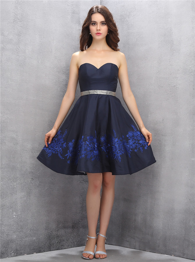 Simple Sweetheart Short Navy Blue Homecoming Dress with Beading Royal Blue Embroidery фото