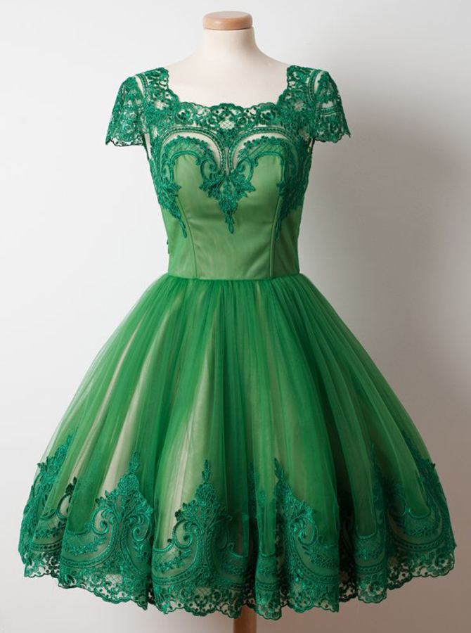 Simple-dress / A-Line Square Knee-Length Cap Sleeves Green Tulle Homecoming Dress with Appliques