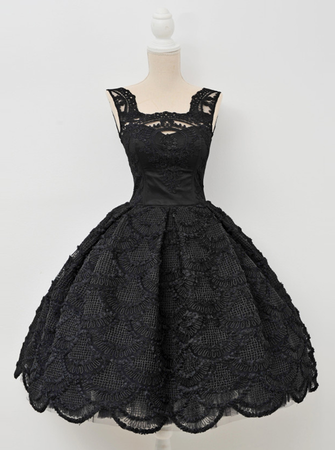 Simple-dress / A-Line Square Knee-Length Sleeveless Open Back Black Lace Homecoming Dress