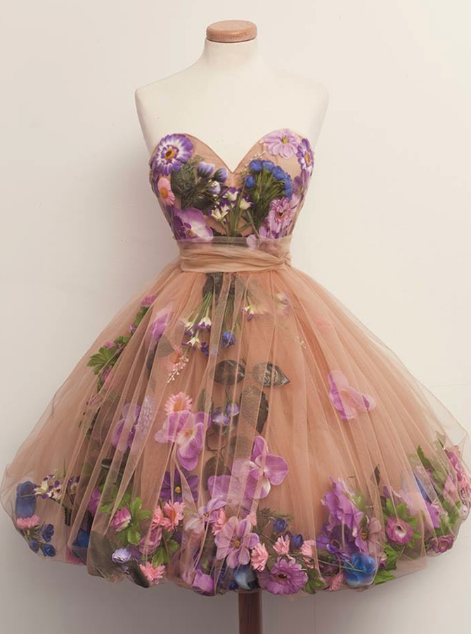 Simple-dress / A-Line Sweetheart Above-Knee Champagne Tulle Homecoming Dress with Flowers