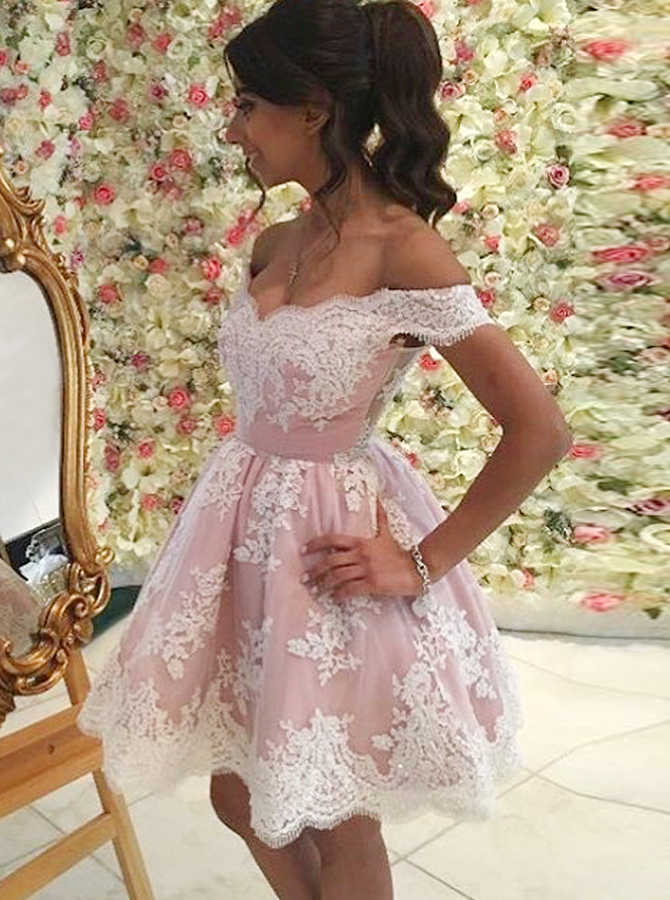 A-Line Off-the-Shoulder Short Pink Tulle Homecoming Dress with Appliques фото