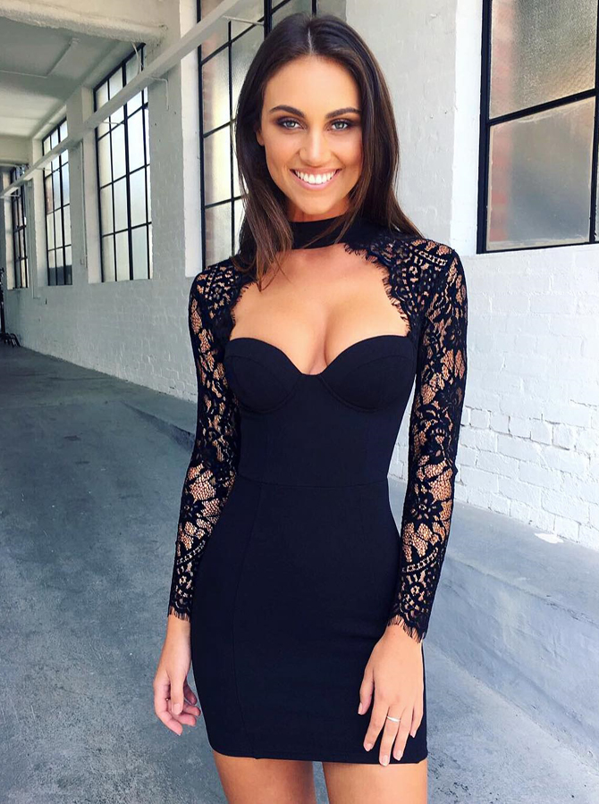 Bodycon High Neck Long Sleeves Cut Out Black Homecoming Dress with Lace фото