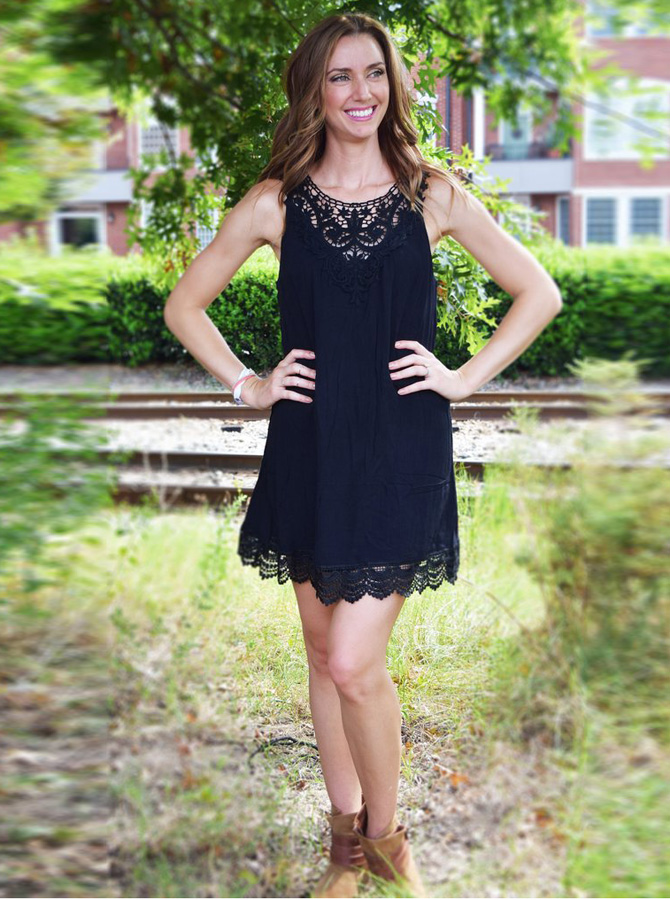 A-Line Jewel Polyester Little Black Dress with Lace фото