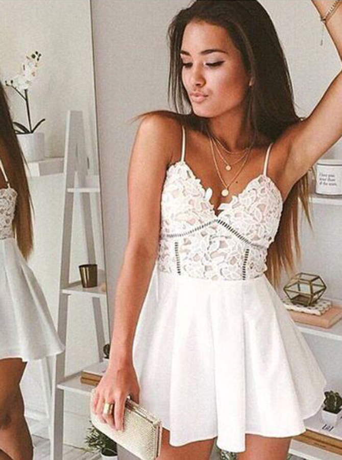 Simple-dress / A-Line Spaghetti Straps Short Chiffon Homecoming Dress with Lace