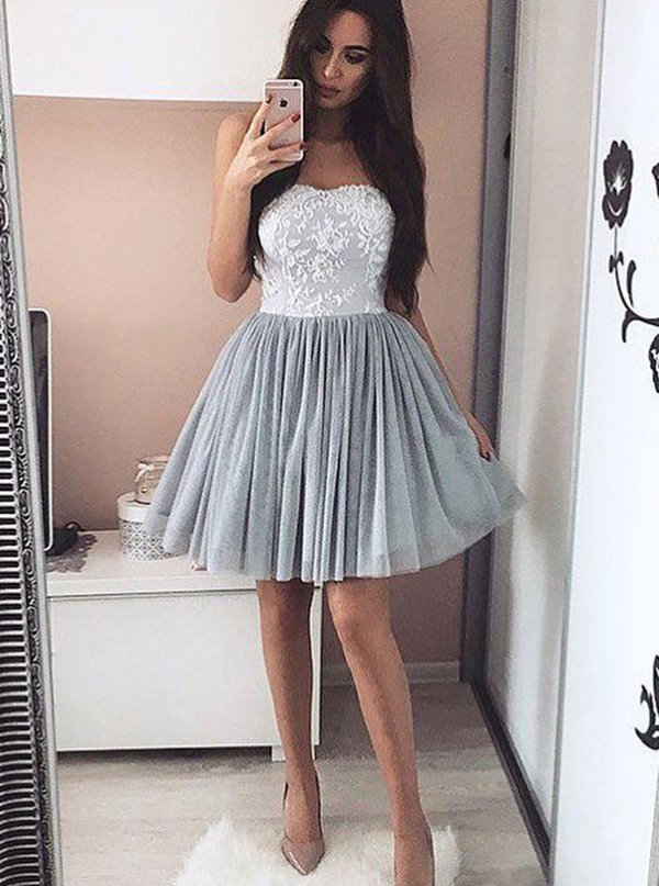Simple-dress / A-Line Sweetheart Short Grey Tulle Homecoming Dress with Appliques