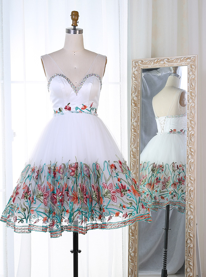 A-Line V-Neck Short White Tulle Homecoming Dress with Beading Embroidery