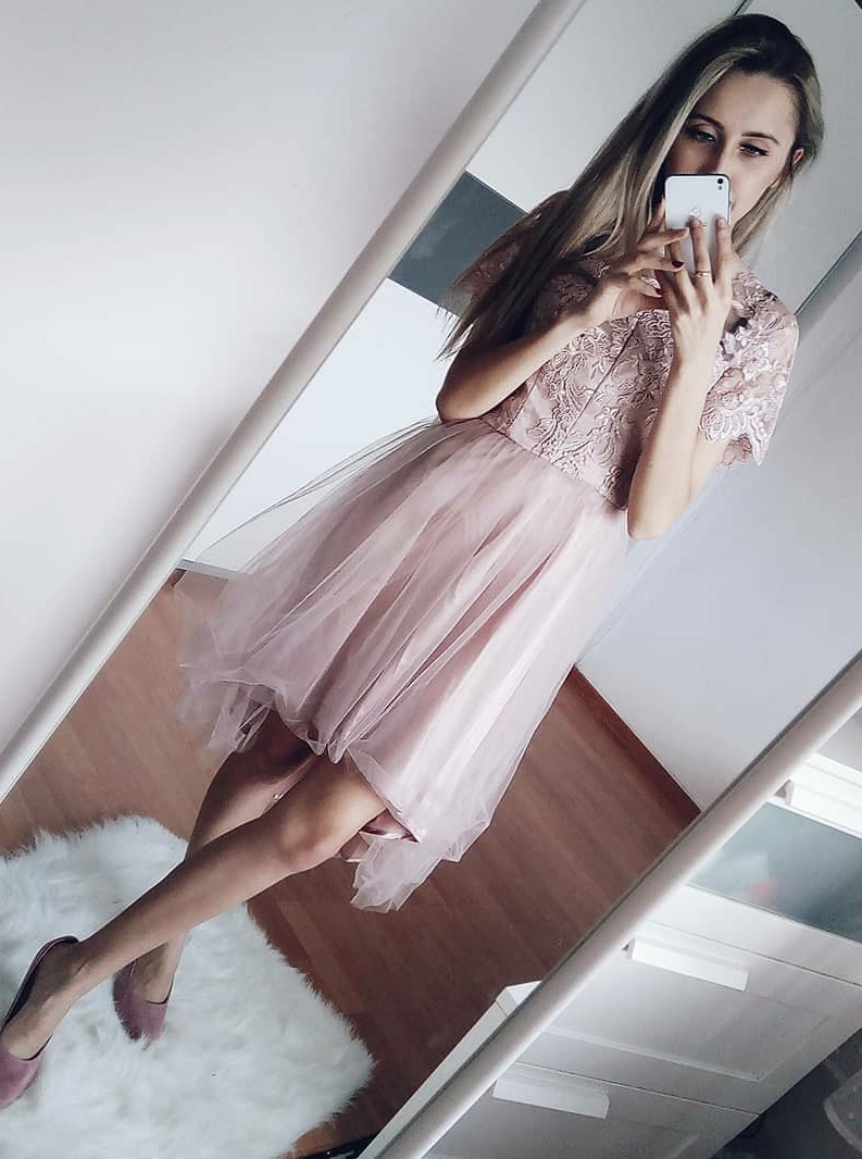 Simple-dress / A-Line Round Neck Short Sleeves Blush Homecoming Dress with Lace
