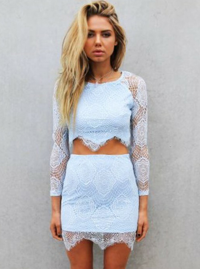Simple-dress / Two Piece Round Neck Short Blue Lace Homecoming Dress