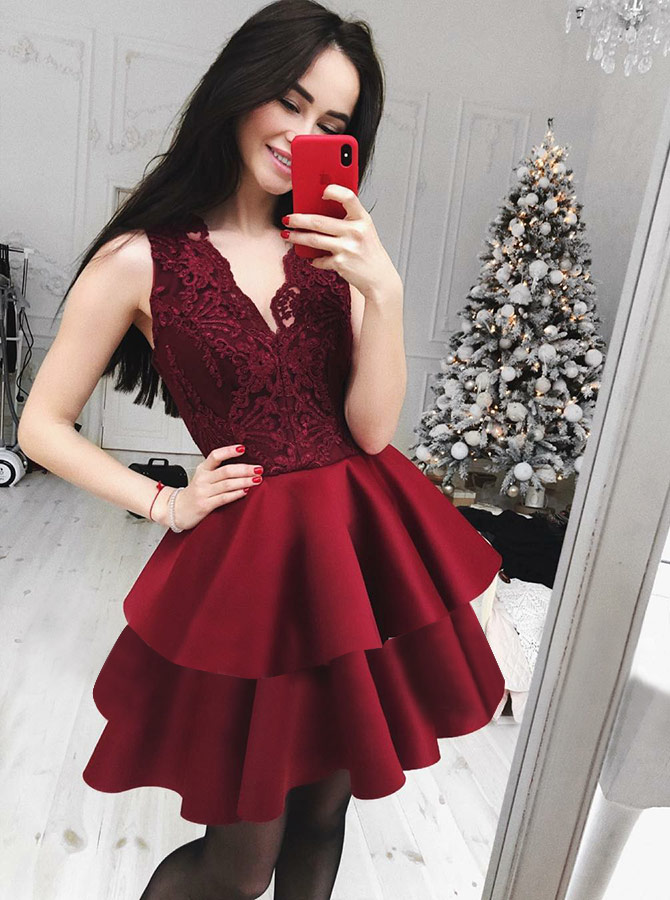 A-Line V-Neck Tiered Dark Red Homecoming Dress with Lace фото