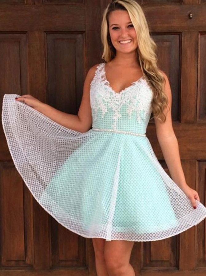 A-Line V-Neck Mint Green Lace Homecoming Party Dress with Appliques