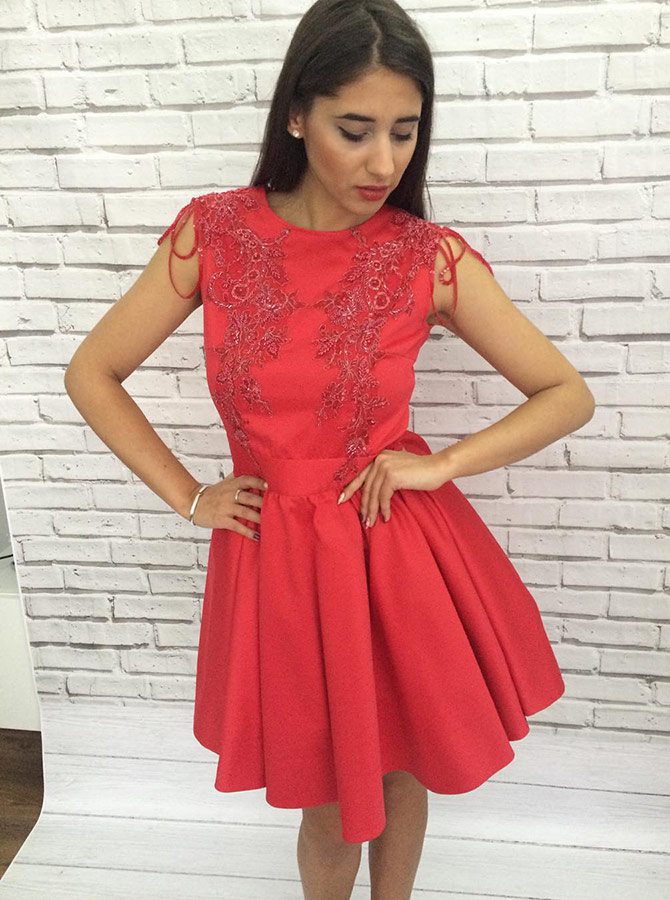 A-Line Round Pleated Neck Red Homecoming Party Dress with Appliques Beaidng фото