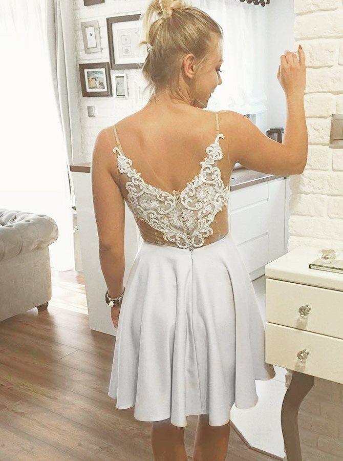 A-Line Round Neck White Satin Homecoming Dress with Appliques фото