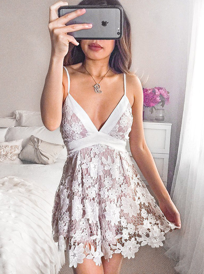 Simple-dress / Spaghetti Straps Short Lilac Lace Homecoming Party Dress with Sash