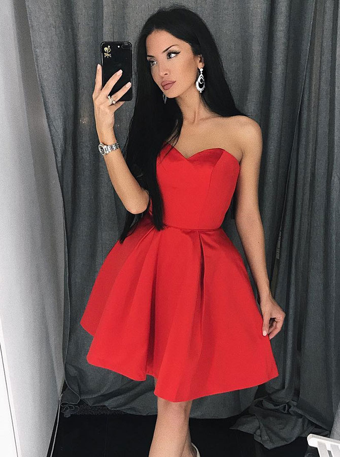 Simple-dress / A-Line Sweetheart Short Red Satin Homecoming Party Dress