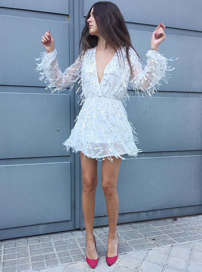 A-Line Deep V-Neck White Lace Short Homecoming Party Dress with Sequins