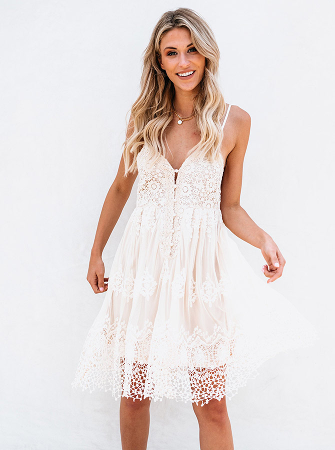 Simple-dress / A-Line Spaghetti Straps High Low Ivory Lace Homecoming Dress