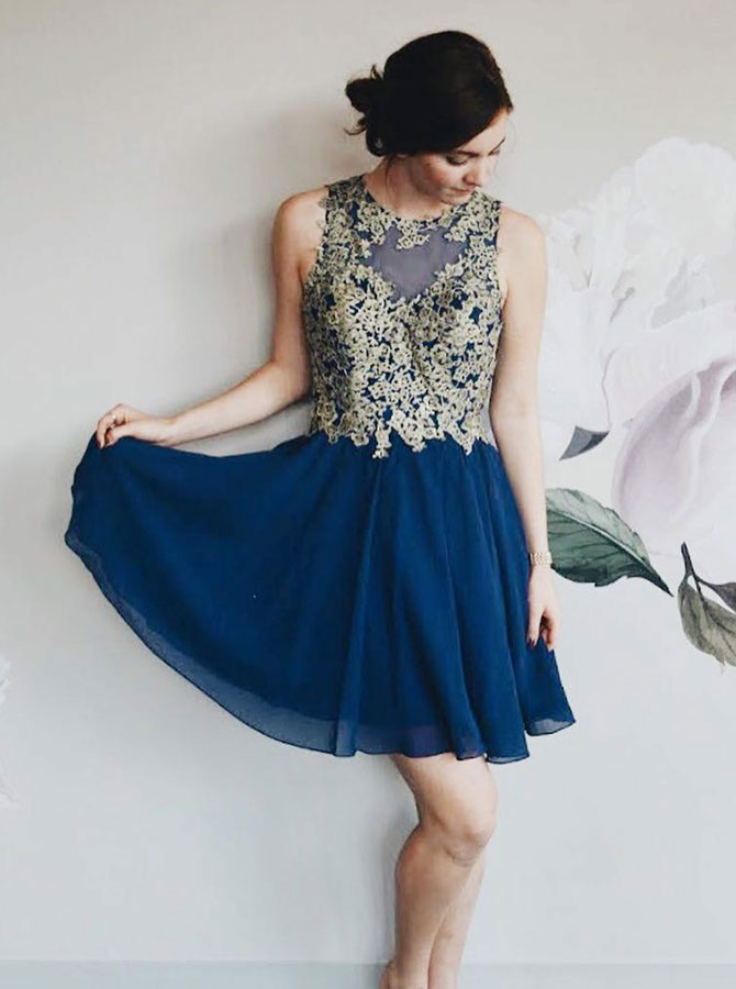 A-Line Round Neck Blue Chiffon Homecoming Dress with Appliques фото
