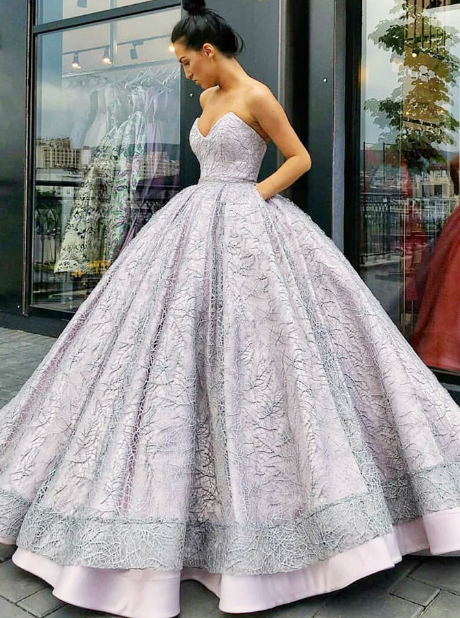 Ball Gown Sweetheart Lavender Lace Quinceanera Dress with Pockets