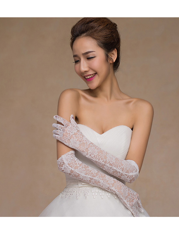 Above The Elbow Fingers Lace Bridal Gloves in White фото