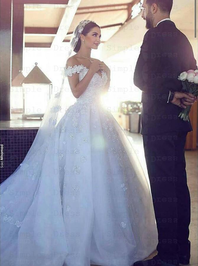 Stylish Off Shoulder Court Train Organza Wedding Dress With Lace