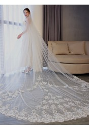 One-tier 3m Lace Edge Cathedral Bridal Veils with Applique