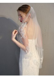 Two-tier Cut Edge 90cm Fingertip Bridal Veils with Appliques