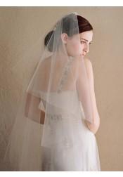 Two-tier Cut Edge Fingertip Bridal Veils