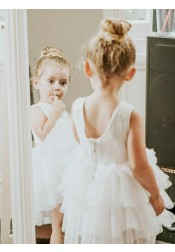 A-Line Round Neck Tiered White Tulle Flower Girl Dress with Lace