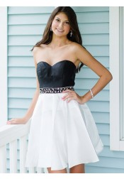 A-Line Sweetheart Black Satin Homecoming Party Dress with Beading