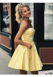 A-line Strapless Short Yellow Homecoming Dress with Pockets
