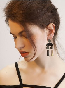 Metallic Geometric Silver Alloy Earring