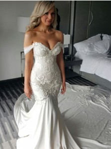 Mermaid Off-the-Shoulder Court Train Wedding Dress with Lace Appliques Pearls