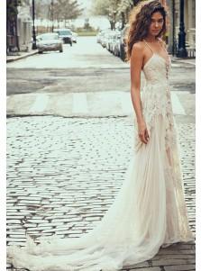 A-Line Spaghetti Straps Boho Beach Wedding Dress with Lace Appliques
