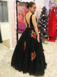 A-Line Deep V-Neck Backless Black Lace Prom Dress with Beading Appliques
