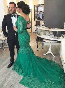 Mermaid V-Neck Green Tulle Plus Size Prom Dress with Lace Beading