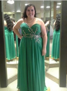 A-Line Sweetheart Green Chiffon Plus Size Prom Dress with Beading