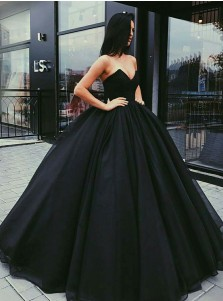 Ball Gown Sweetheart Floor-Length Black Tulle Quinceanera Dress