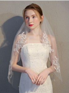 Two-tier Cut Edge 90cm Fingertip Bridal Veils with Appliques