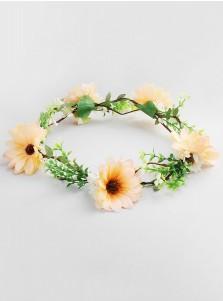 Artificial Plastic Flowers & Feathers Beautiful Flower Girl's Head-wear