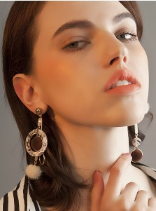 Unique Gold Plated Alloy Earring