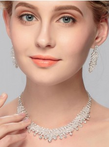 Shinning Wedding Accessory Ladies Jewelry Sets with Crystal (Set of 2)