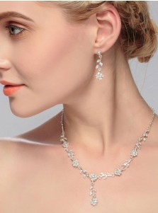 Simple Alloy Wedding Accessory Jewelry Sets with Crystal (Set of 2)