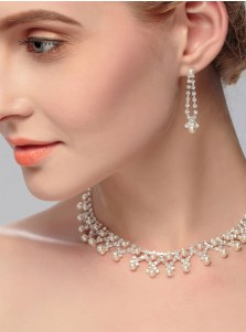 Stunning Wedding Accessory Women's Jewelry Sets with Imitation Pearls (Set of 2)