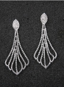 Fashion Silver Chain Earrings with Crystal