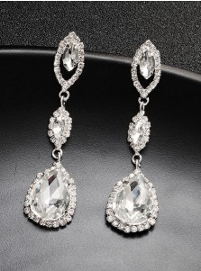 Beautiful Crystal Drop Earrings with Crystal