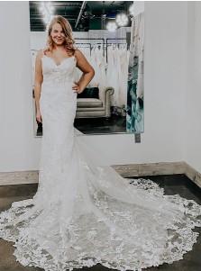 White Mermaid Sleeveless Court Train Wedding Dress with Appliques