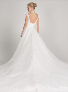 Ball Gown V-Neck Cap Sleeves Tulle Appliques Wedding Dress