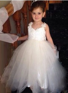 Ball Gown Scoop Backless Long Tulle Flower Girl Dress with Bowknot Appliques