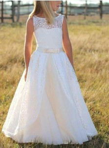 Stunning Bateau Sleeveless Floor-Length Lace Flower Girl Dress with Bowknot