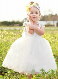 Ball Gown Scoop Backless White Tulle Flower Girl Dress with Bowknot Appliques
